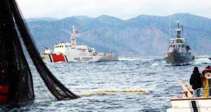 Mültecileri taşıyan bot Çanakkale'de battı: En az 6 kişi öldü