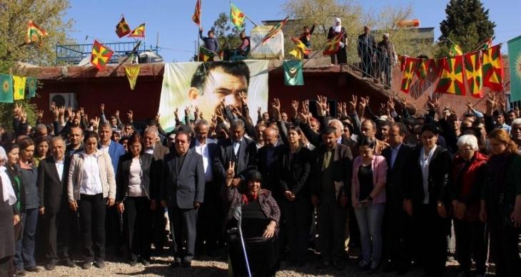 Öcalan'ın doğum günü etkinliğinde konuşan Hatip Dicle: Kürt halkı barışa daima hazırdır