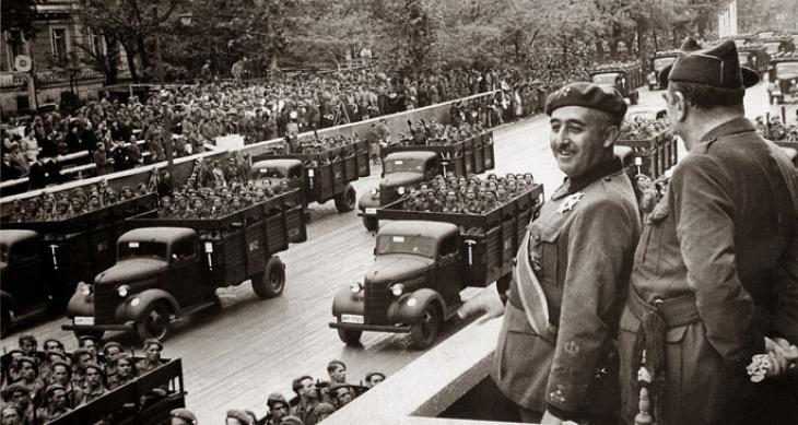 Arjantin Franco dönemi bakanlarını yargılayacak