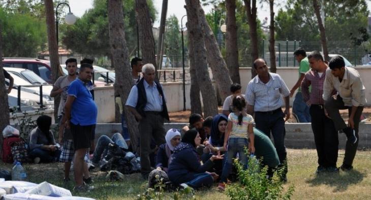 Didim'de mültecileri taşıyan lastik bot battı: 2 ölü
