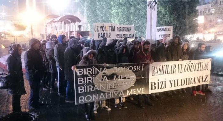 Kocaeli'de 5 üniversite öğrencisi tutuklandı