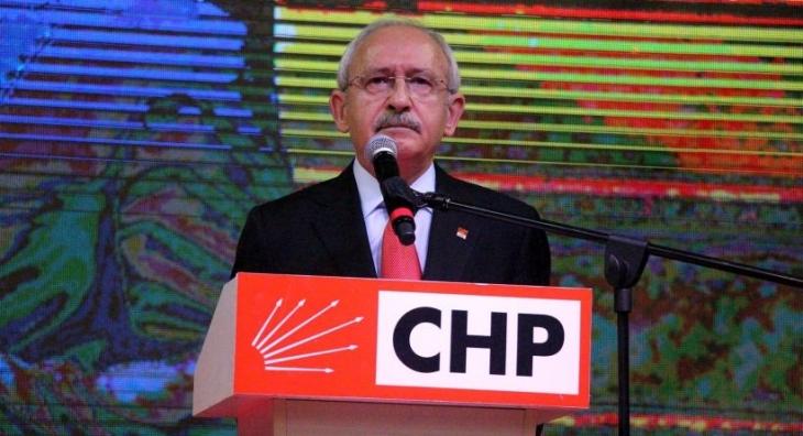 Kılıçdaroğlu, 'Önüne yatma'nın anlamını sözlükten açıkladı