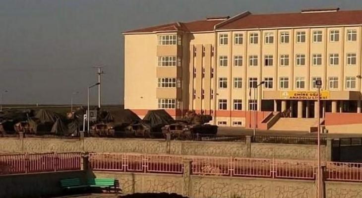 Nusaybin'de tanklar okullara yerleştirildi