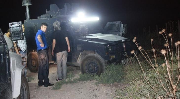Mersin'de zırhlı araca ateş açıldı
