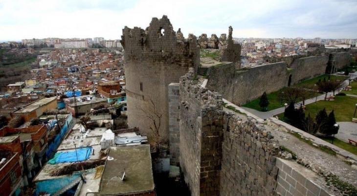 Sur'da acele el koyma ya da kentsel mekan üzerindeki mutabakatın sonu