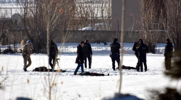 Van'da 1'i polis 13 kişinin yaşamını yitirdiği baskında infaz şüphesi