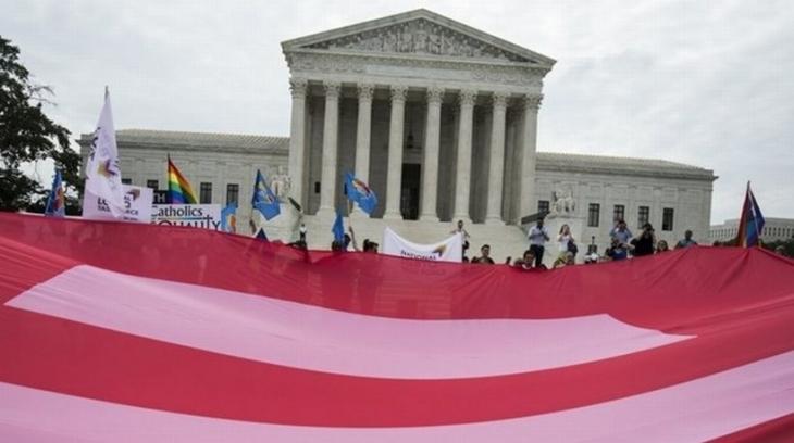 ABD Yüksek Mahkemesi: Eşcinseller evlenebilir