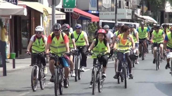 'Bisiklet Sür Beşiktaş' diyerek pedal çevirdiler