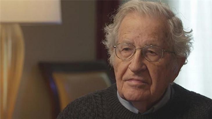 Chomsky: En iyi politikalar Sanders'ta ama gerçekçi bir şansı yok