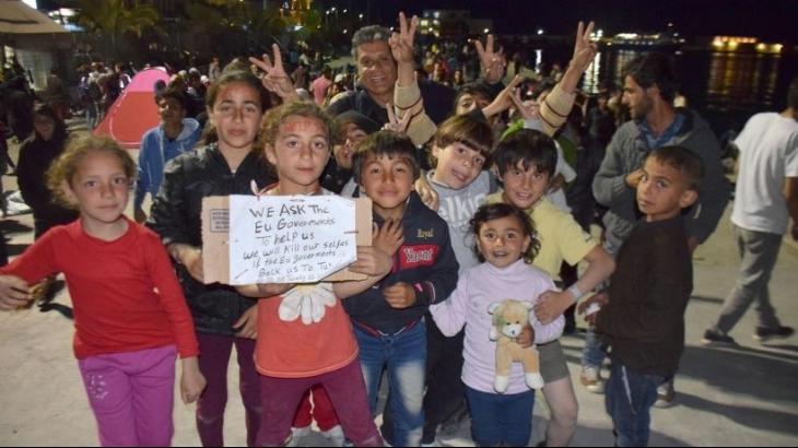 Türkiye'ye gönderilmek istemeyen mülteciler direnişte