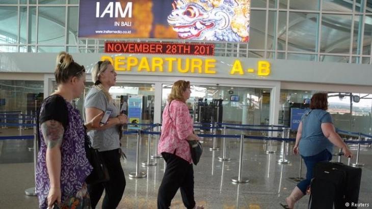 Bali'de binlerce turist mahsur kaldı