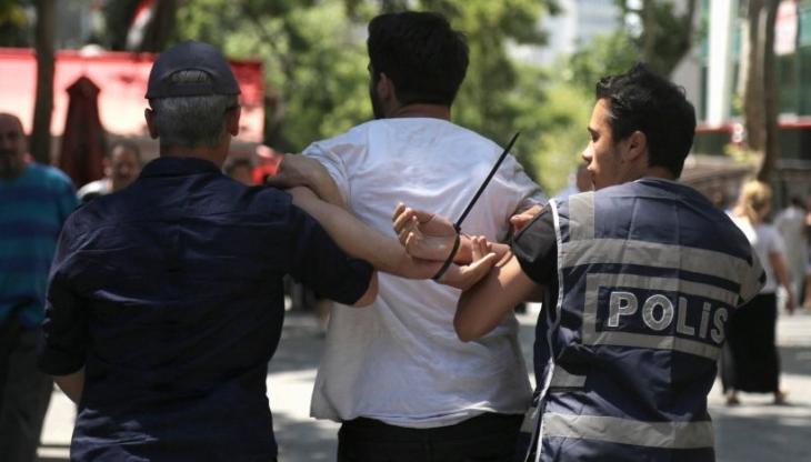 Suruç'ta yaşamını yitirenler için açılan taziye çadırına polis saldırısı