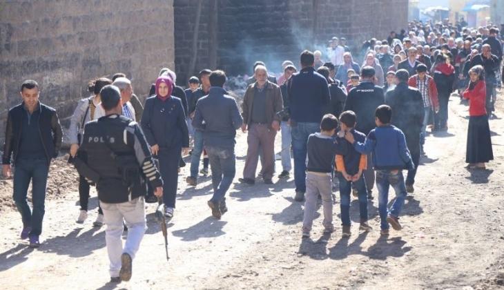 Sur'da kısmen kalkan yasağa rağmen abluka sürüyor