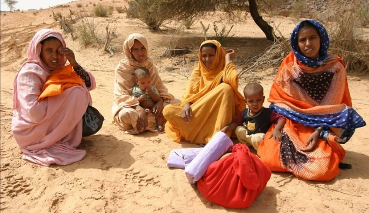 Sahravi kadınlar sokağa dökülüyor
