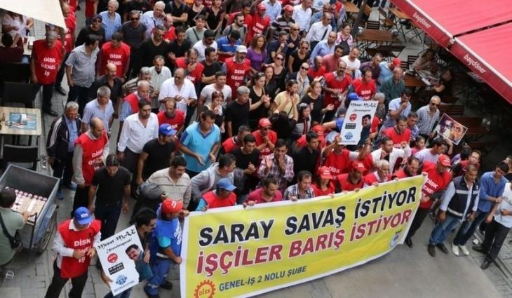 İşçiler savaş istemiyor barış talebini tartışıyor