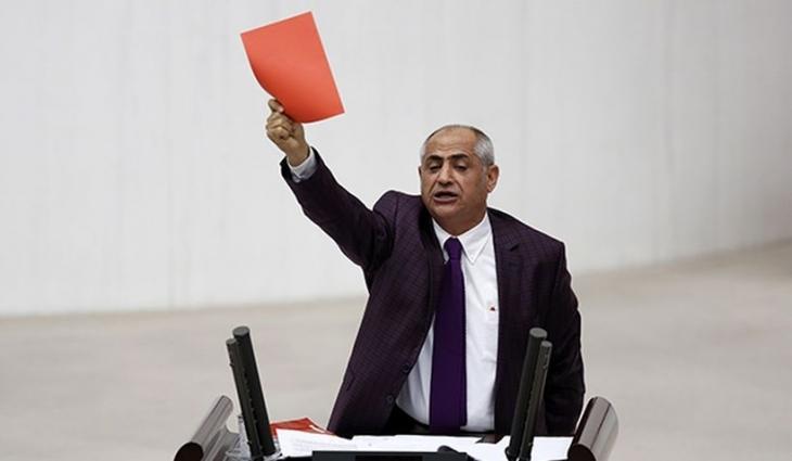 CHP'li Çam'dan Cumhurbaşkanlığı bütçesine kırmızı kart