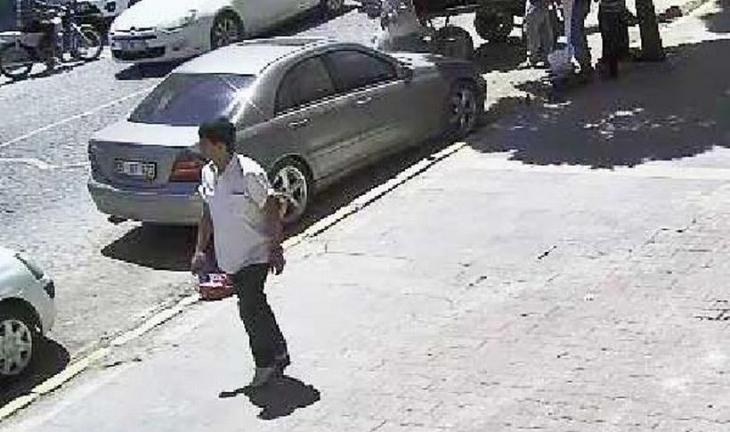 Suruç bombacısı Amara Kültür Merkezi'ne elini kolunu sallayarak girmiş