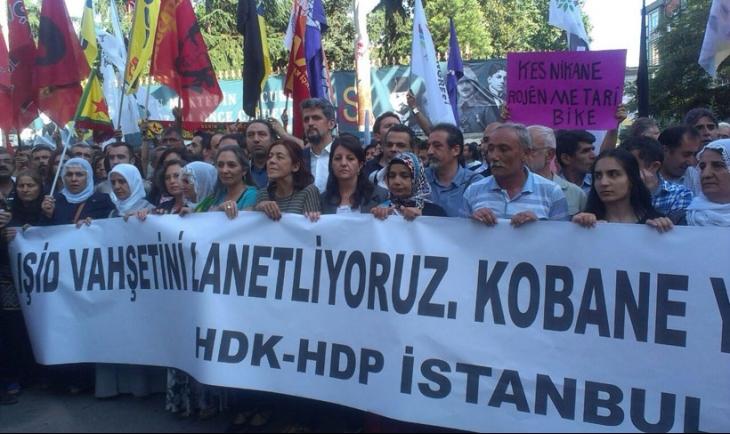 IŞİD saldırısı İstanbul'da protesto edildi