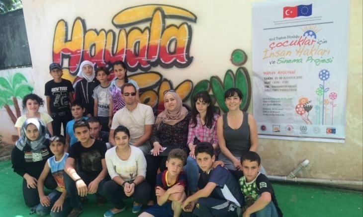 Mülteci çocuklarla sinema atölyesi