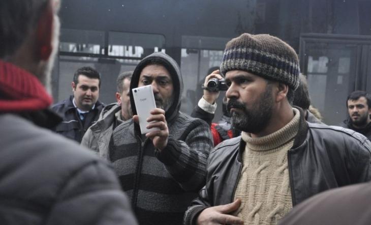 Açlık grevindeki cam işçilerinden çağrı: Çocuklarınız için bu zorbalığa dur deyin