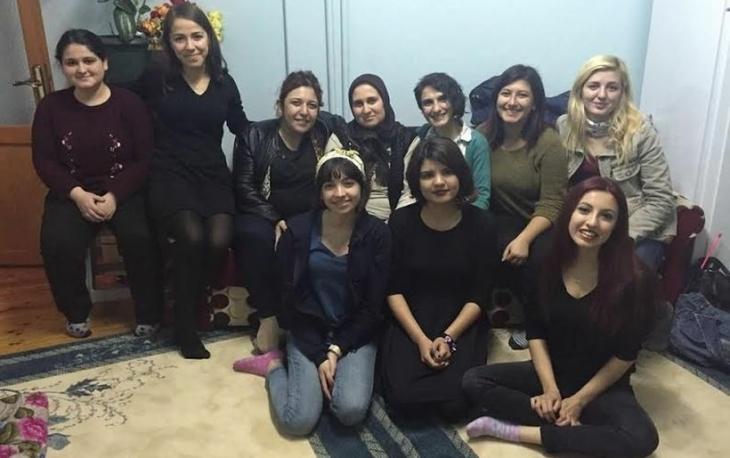 8 Mart'ta Gökhan Akman'ın annesini ziyaret ettiler