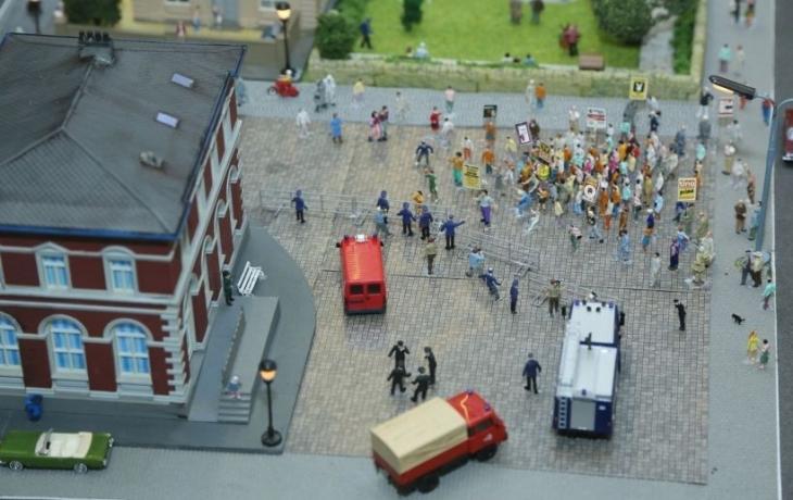 Zeki Alasya'nın tren dioraması sergileniyor