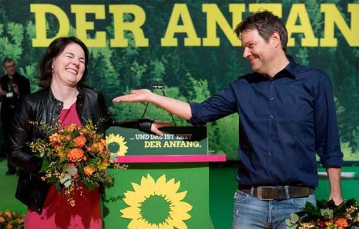 Almanya'da Yeşiller yeni eş başkanlarını seçti