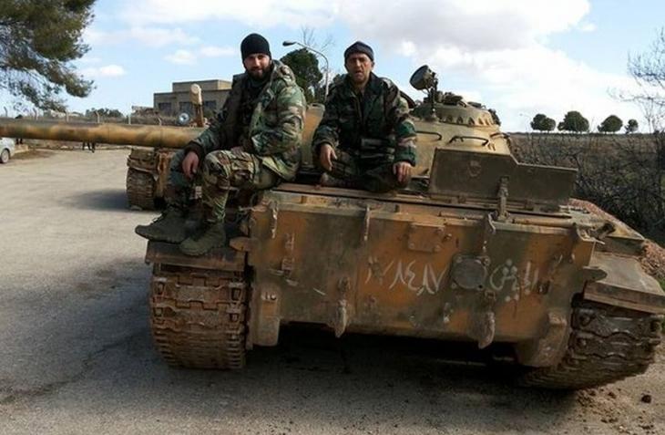 Suriye ordusu, Tabka'ya 35 km mesafede