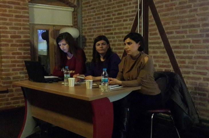 Çanakkale'de kadınlar şiddeti konuştu