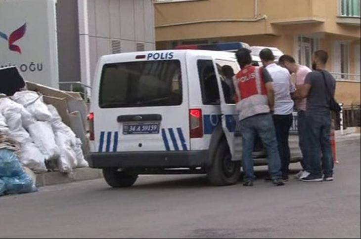 İstanbul'da Mali Şube'den 'FETÖ' operasyonu