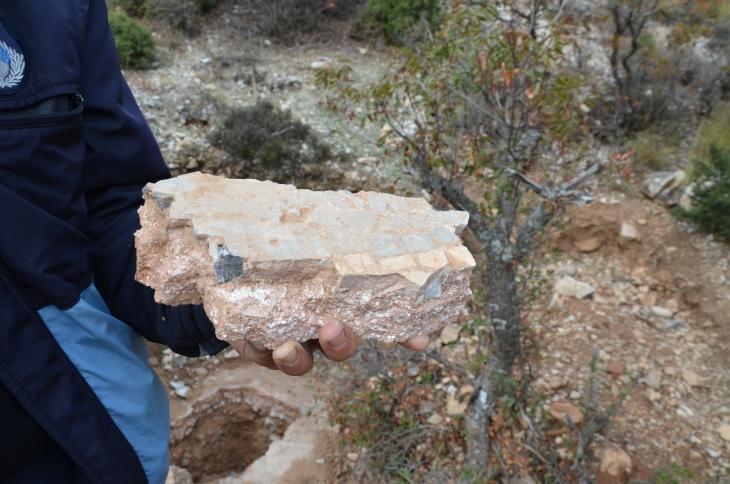 Eumania Antik Kenti'nde mezarlar talan ediliyor
