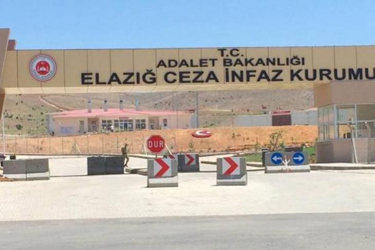 Elazığ'da 'askeri sayım'ı reddeden tutuklulara darp