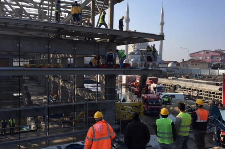 Cemal Kamacı Spor kompleksinin inşaatında 3 işçi yaralandı