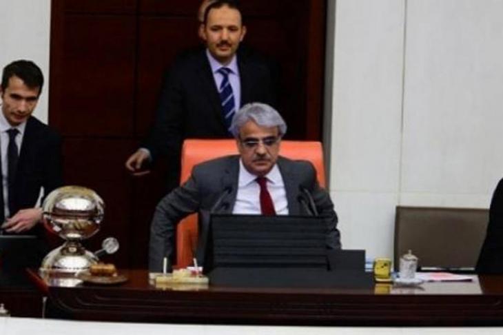 TBMM'de konuşma süresi gerginliği: CHP ve HDP Genel Kurul'u terk etti