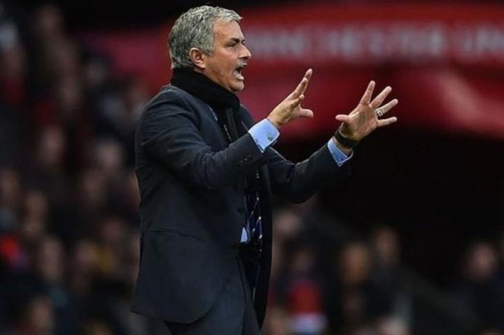 Mourinho, Manchester United'la anlaştı