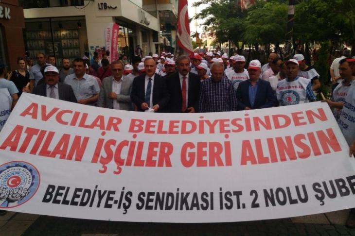 Avcılar'da işçiler belediyeye yürüdü