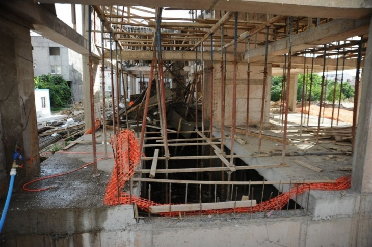 Bursa'da inşaatta göçük: 2 işçi yaralandı