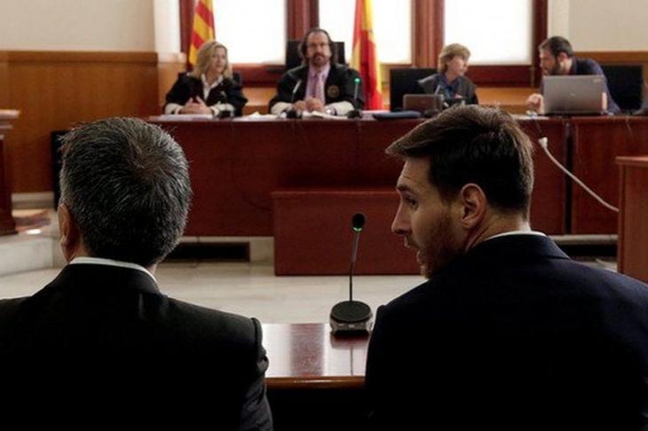 Messi hakim karşısına çıktı: Belgeleri okumadan imzaladım