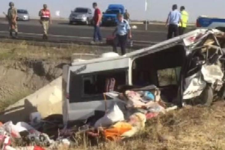 Diyarbakır-Urfa Karayolunda kaza: 6 ölü 4 yaralı