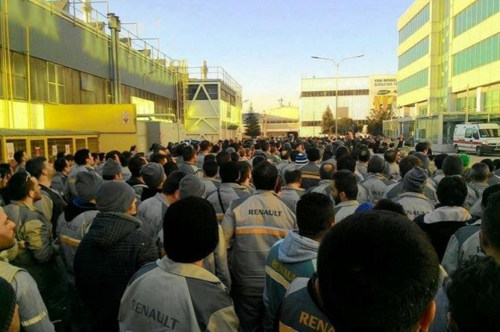 Renault işçileri: Taslak işçilerin onayıyla hazırlanmalı