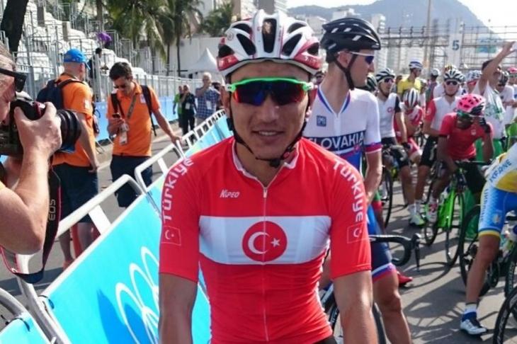 Rio 2016'da Ahmet Örken kaza geçirerek yarış dışı kaldı