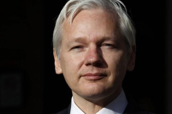 Assange ABD'ye iade edilmeye hazır olduğunu açıkladı