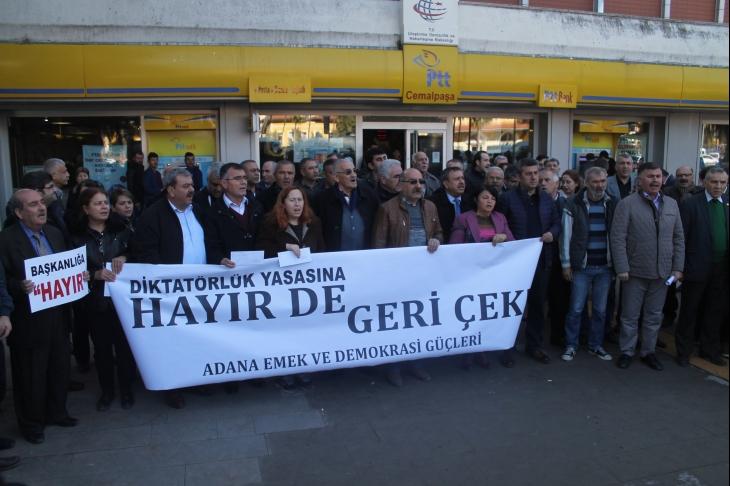 """Adana'dan milletvekillerine """"Hayır"""" çağrısı"""