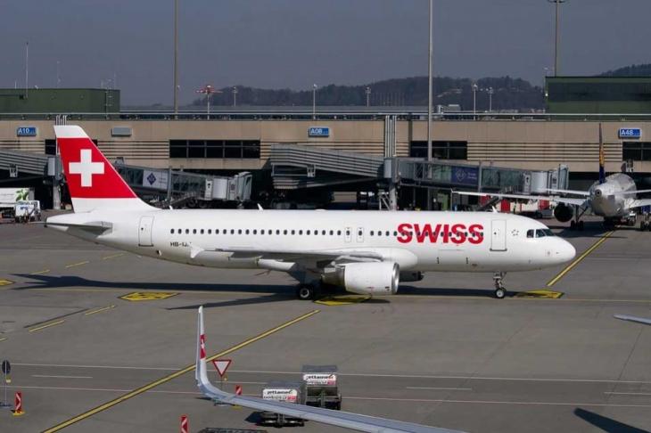 İsviçre'de uçak düştü: 3 ölü