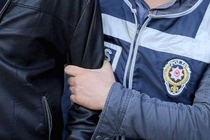 İzmir'de FETÖ operasyonu: 7 tutuklama
