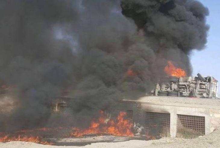 Afganistan'ta akaryakıt tankeri otobüsle çarpıştı: 52 ölü