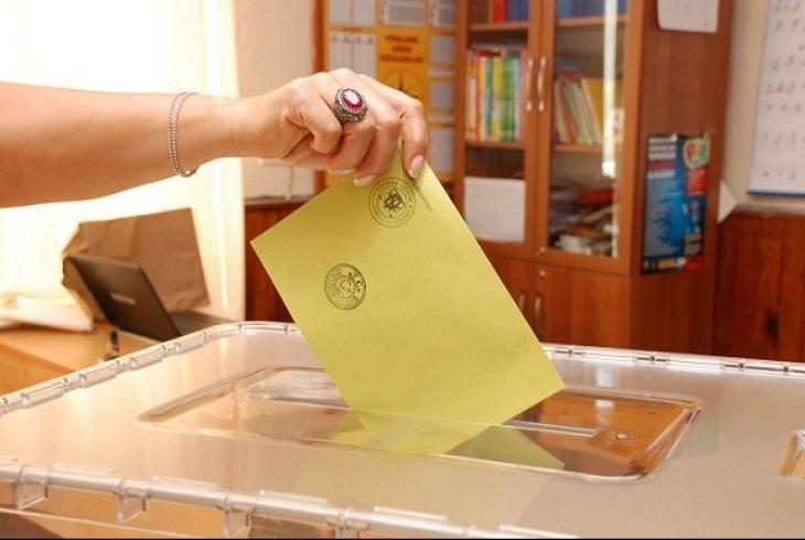 Referandum öncesi imza kampanyası: SEÇSİS kullanılmasın