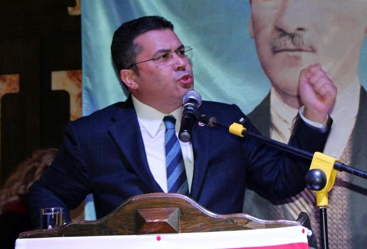 MHP'li Ersoy: AK Partiye oy verenler 'Türkiyem'i alkışlıyor