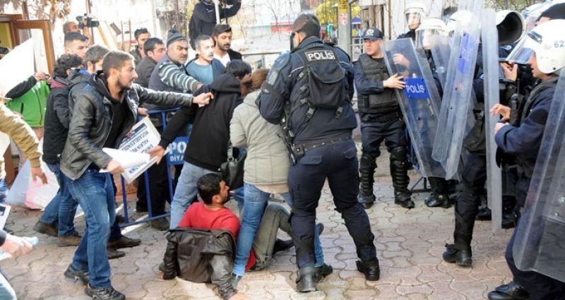 Dersim'de her köşe başında polis