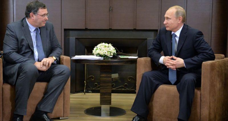 Rusya lideri, Total'in yeni genel müdürüyle buluştu